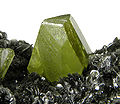 Titanite-Clinochlore-284048.jpg