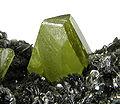 Titanite-Clinochlore-284048.jpg