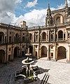 Tomar-Convento de Cristo-Claustro dos Felipes-Chafariz-20140914.jpg