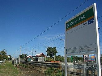 Queens Park railway station, Perth - Image: Transperth Queens Park Train Station