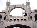 Une des quatre arches du stade de Gerland classées Monument historique du 20ème siècle.JPG