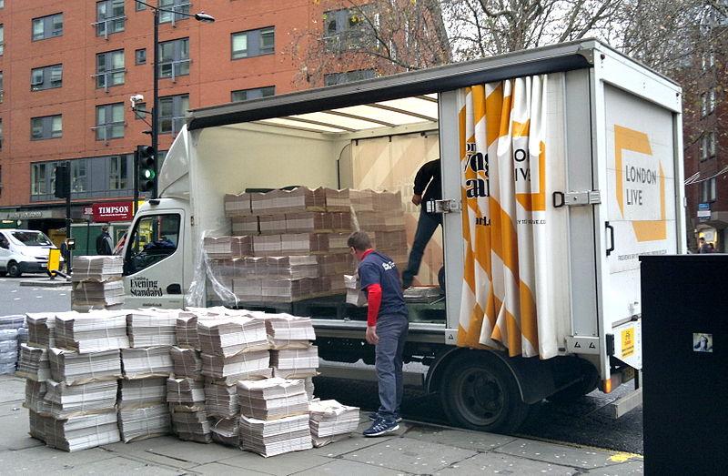 Unloading the London Evening Standard, Chancery Lane Stn, Holborn, Nov 2014.jpg