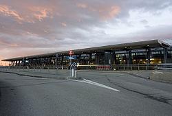 Vaernes terminal.jpg