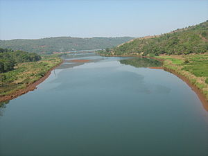 Vashishti River - View of Vashishti River from the Konkan Railway near Chiplun