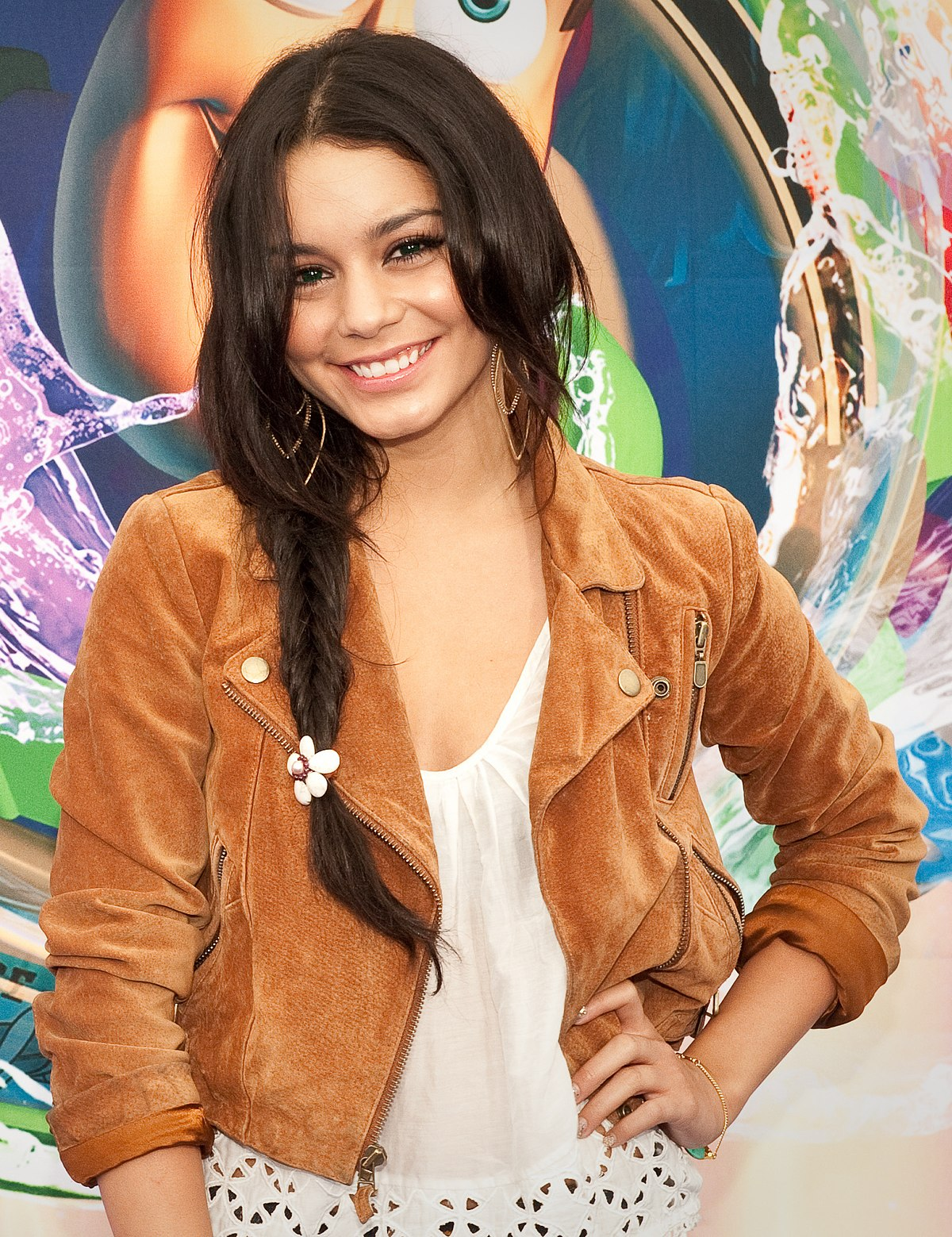 vanessa ann hudgens coloring pages - photo#31