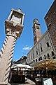 Verona, Piazza delle Erbe 1.jpg