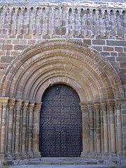 Portada de la iglesia del monasterio cisterciense de Veruela.