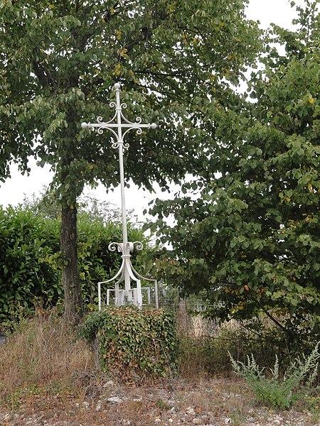 Ville-sur-Cousances (Meuse) croix de chemin