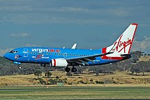 Virgin Blue Boeing 737-7FE CBR Gilbert-1.jpg