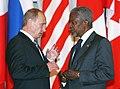 Vladimir Putin with Kofi Annan-3.jpg