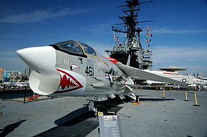 Vought F-8 Crusader USS Midway-2007-03-25.jpg