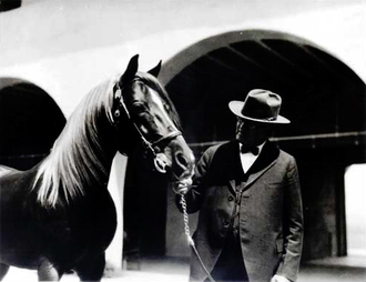Will Keith Kellogg - W.K. Kellogg and his Arabian horse Antez at Kellogg's former Arabian horse ranch (now Cal Poly Pomona).