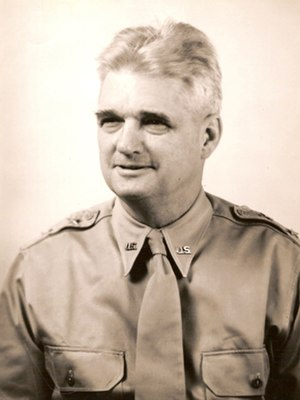 Walter Reed Weaver - Weaver as commander of the Southeast Air Corps Training Center at Maxwell Field, 1941