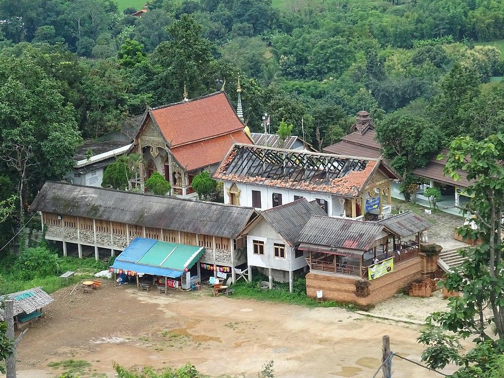 Wat Phra That Mae Yen 1