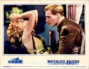 Description de l'image Waterloo Bridge lobby card 1931.jpg.