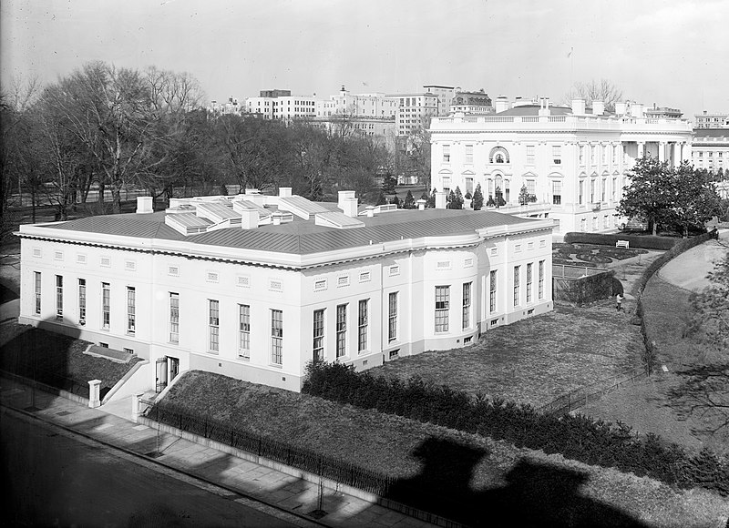 West Wing between 1910 and 1920 cropped.jpg