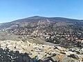 Widok na Devín z murów zamku.jpg