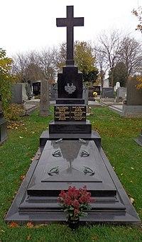 Wiener Zentralfriedhof - Gruppe 13B - Ernest von Koerber (1).jpg