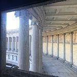 Wiki Loves Art --- Musée Royal de l'Armée et de l'Histoire Militaire ---Fresque vue de la montée vers la vue des Arcades 02.jpg