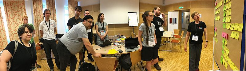 File:Wikimedia Hackathon 2017 - documentation sprint - reviewing end of day results.jpg
