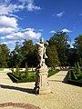 Wilanów sculpture in the garden 01.jpg