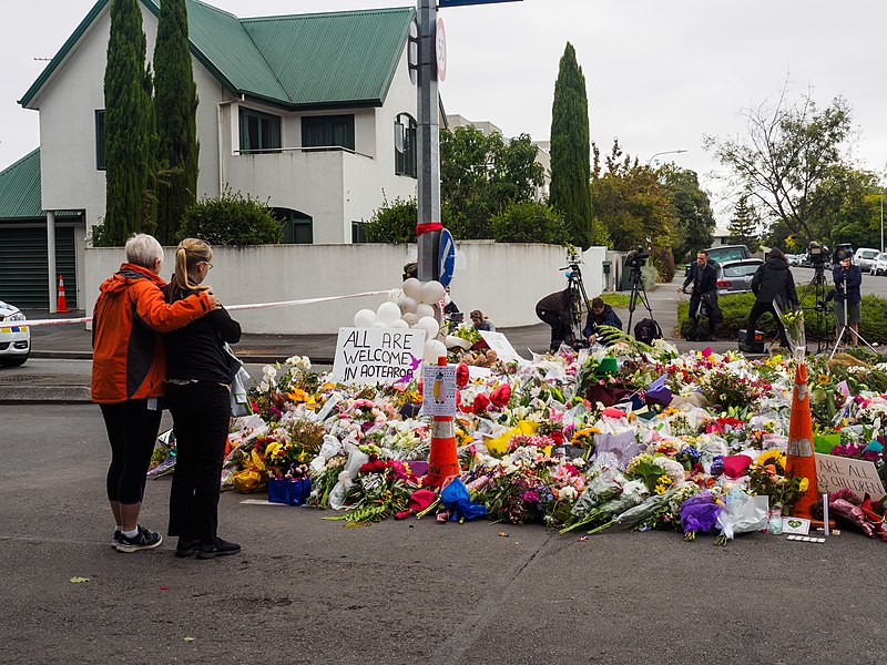 File:Women leaving flowers for mosque shooting victims.jpg