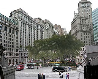 Bowling Green (New York City) - Bowling Green in a composite photograph taken from the steps of the U.S. Custom House looking north