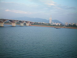 Xiang River - Wikipedia, the free encyclopedia