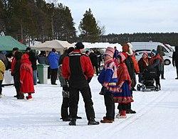 Yleisöä Marianpäivä 2012.jpg