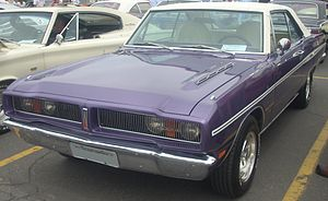'76 Dodge Charger (Rassemblement Mopar Valleyfield '10).jpg