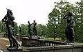 Гранитная терраса со статуями, 2011-07-04 (1).jpg