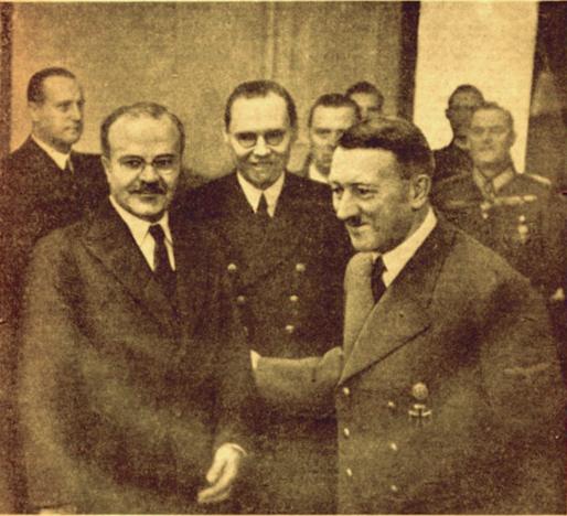 Молотов на встрече с Адольфом Гитлером в 1940 году