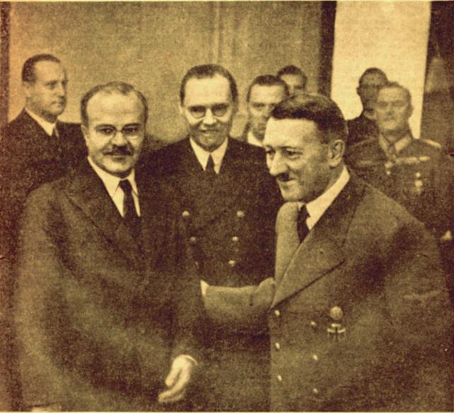 File:Правда 18.11.1940 Молотов и Гитлер.png
