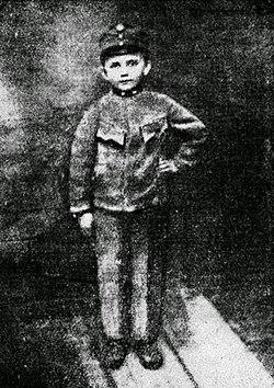 Славко Луцишин у віці 7 років, 1915 рік