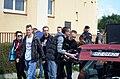 02018 0272 Rechtsradikale Gegendemonstranten bei der RzeszówPride-Parade, Banner, Soundsystem, MW.jpg