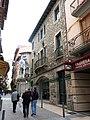021 Carrer València (Camprodon), amb l'edifici de les Monges i Can Blanch.JPG