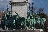 03 2019 photo Paolo Villa - F0197950 - Budapest - Piazza degli eroi - Monumento del millennio - Millennium Monument (Budapest)-Seven chieftains of the Magyars.jpg