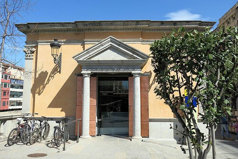file 047 oficina de turisme antiga biblioteca rambla de