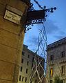 063 Als castellers, d'Antoni Llena, pl. Sant Miquel.jpg
