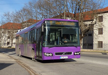 Volvo 7700 on Line 11 operated by V-Busz 11-es busz (REM-840).jpg