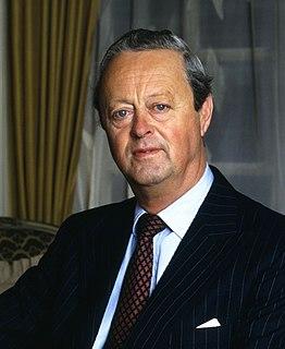 John Spencer-Churchill, 11th Duke of Marlborough British peer