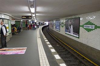 Berlin Potsdamer Platz station - U-Bahn platform