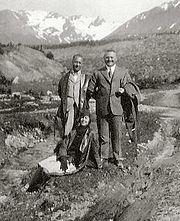 1930UshuaiaCrop.jpg
