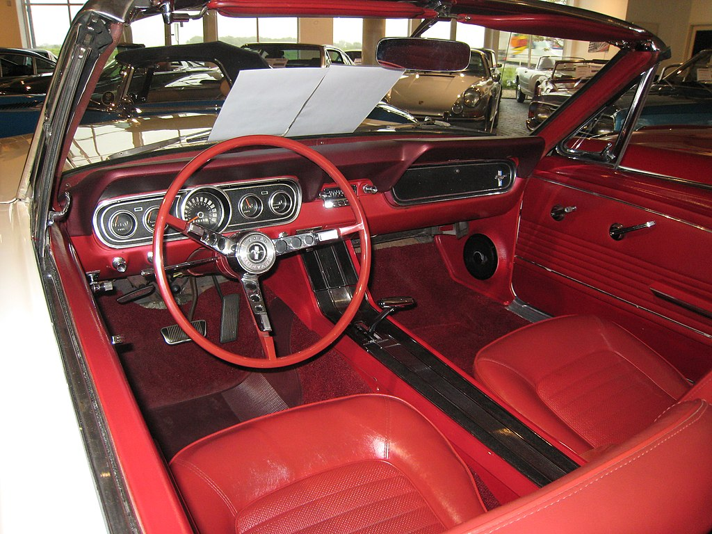 file 1966 ford mustang convertible interior jpg wikimedia commons. Black Bedroom Furniture Sets. Home Design Ideas