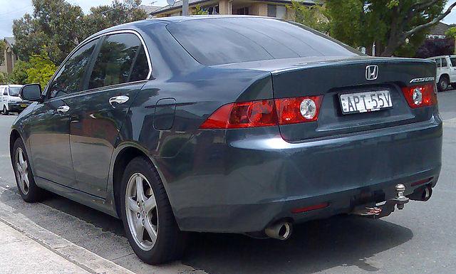 File 2003 2005 Honda Accord Euro Sedan 01 Jpg Wikimedia