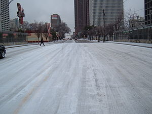 2005 29 Jan - Atlanta Ice Storm - North Ave Br...
