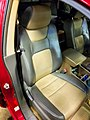 2006 Honda Ridgeline RTL two-tone leather seat.jpg