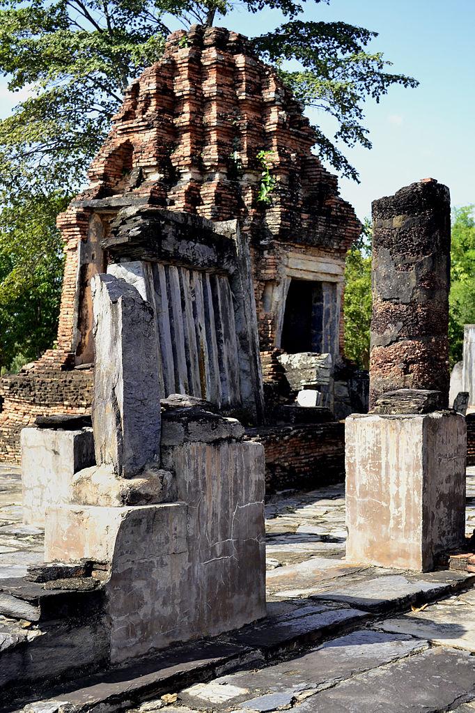 File:201312161335c Sukothai, Wat Chetuphon.jpg - Wikimedia ...