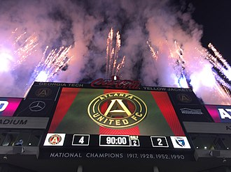 Bobby Dodd Stadium - 2017-07-04 - Atlanta United vs San Jose Earthquakes - fireworks