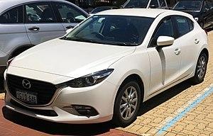 Mazda3 - Image: 2017 Mazda 3 (BN) Maxx hatchback (2017 11 20) 01